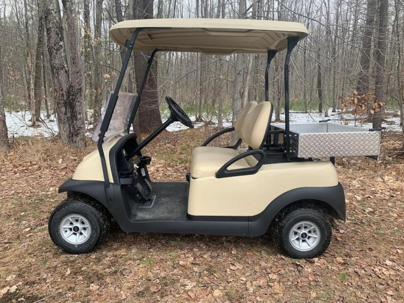 Club Car Precedent 2 Person 48 volt golf cart with UTILITY BED