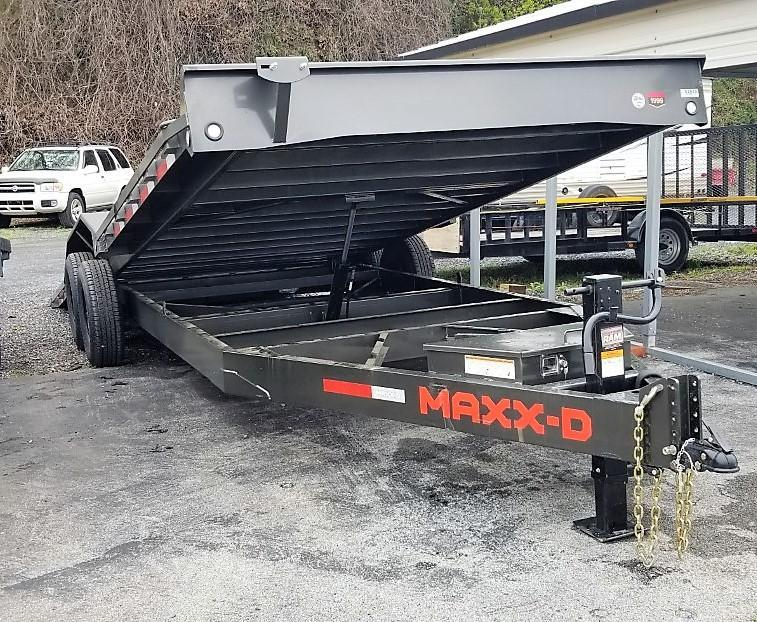 "2021 MAXXD 24'X102"" T6X Car / Racing Trailer"
