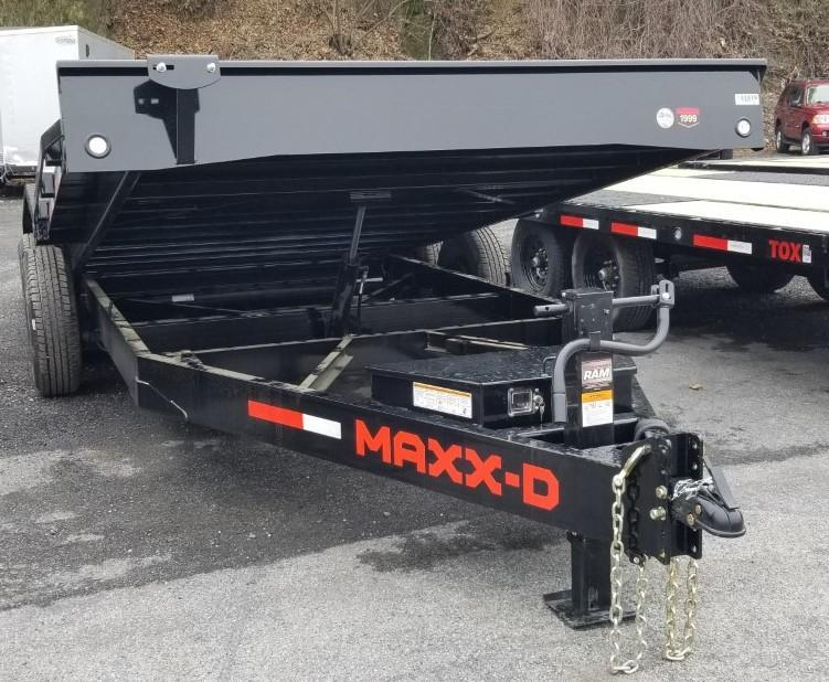 """2021 MAXXD 20'X102"""" T6X Car / Racing Trailer"""