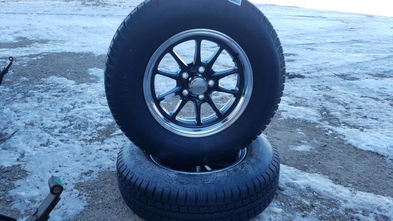 Black Fin Aluminum Rims with tires!!