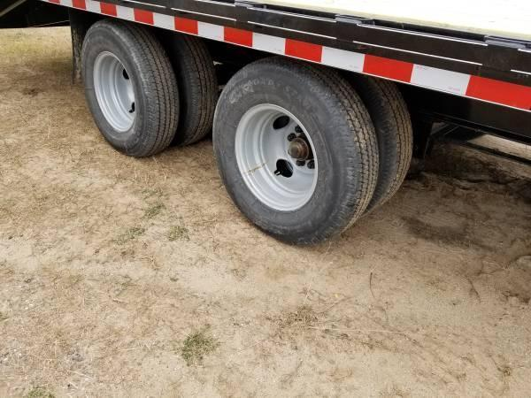 Sparks  32' Gooseneck 10k Axles and Monster Ramps