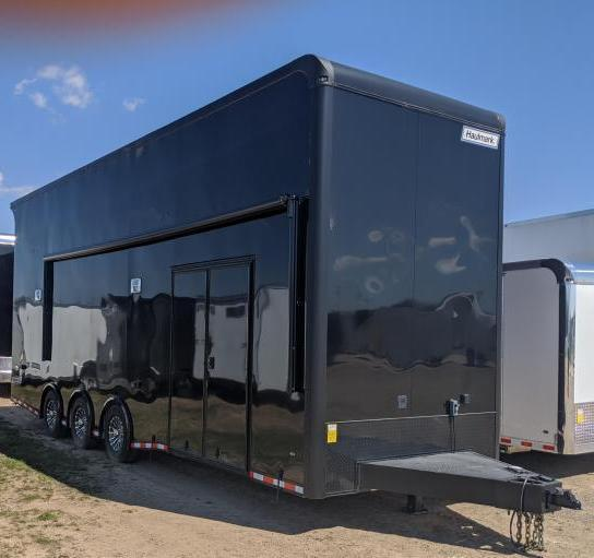 2021 28' w/Black-Out Pkg.*16' Stinger Lift* 21' Electric Awning Stacker