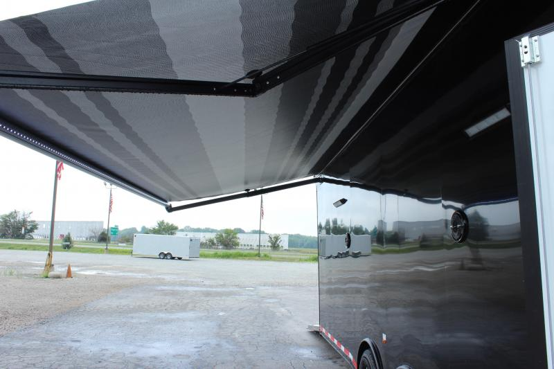 <b>SOLD! ORDER YOURS TODAY!</b>  30' Millennium Platinum Black Hawk Pkg. Electric Awning & A/C