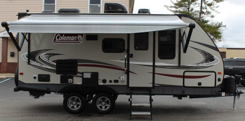 "<b>REDUCED 2020 LIKE NEW TRADE-IN</b>  22' 9"" Coleman Light Series 1805RB Travel Trailer With Slide Out"