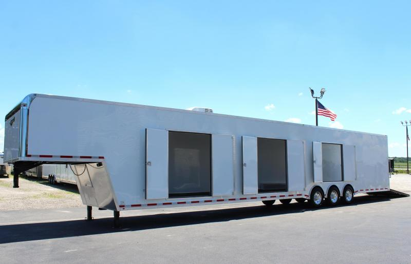 <b>Custom Orders Only</b> 2021 53' Millennium Platinum Transporter