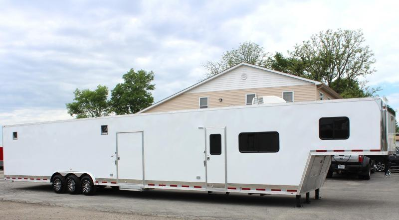 <b>CUSTOM ORDERS ONLY</b> 53' Millennium Silver w/14' RB (Rear Bath) Living Quarters