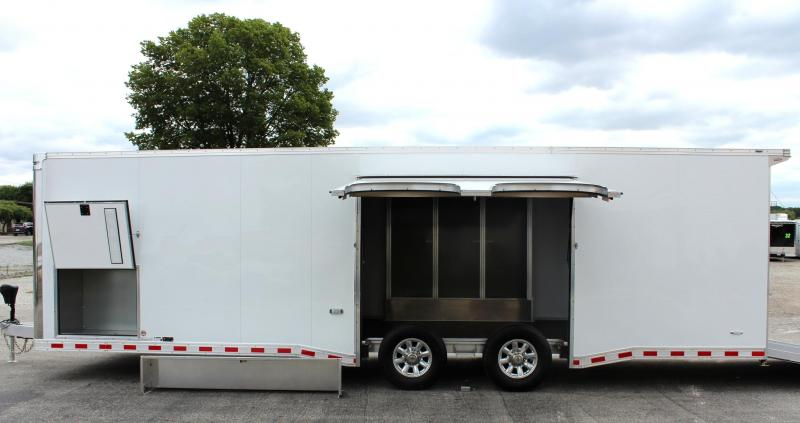 2021 28' All Aluminum with Escape Door w/Removable Wheel Box & Wing