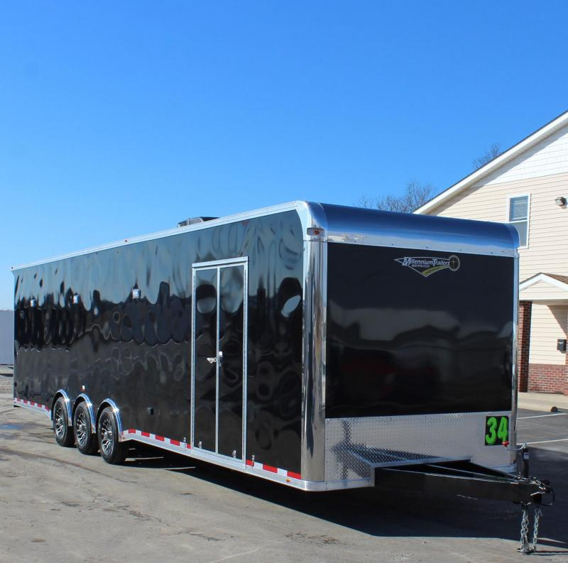 SUPER SHARP w/FULL BATHROOM  2021 34' Millennium Platinum LOADED w/A/C