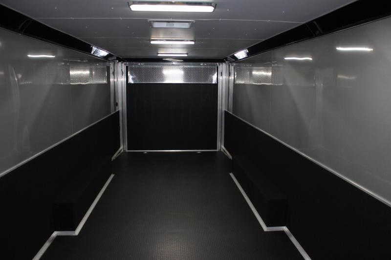 SHARP!  2021 28' Millennium Extreme Lite ALUMINUM FRAME w/Blk Cabs w/Rear Wing