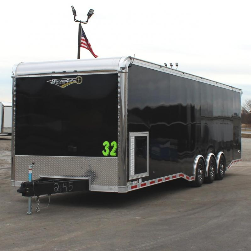 IT'S A WOW!  BURN-OUT PACKAGE  2021 32' Edge Race Ready Trailer  3/6k Triaxle
