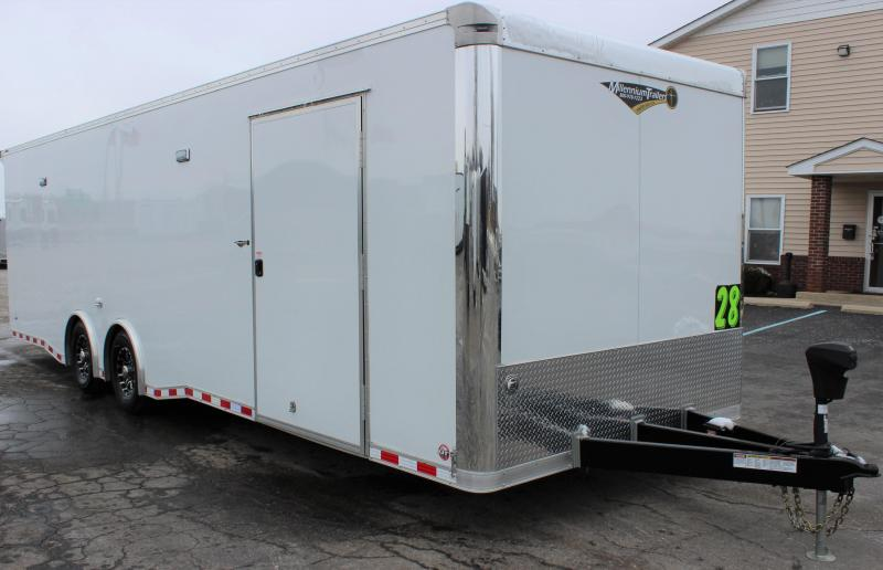 <b>See Champion Dragster John Markhams Touring 28' Millennium Extreme Race Trailer</b>