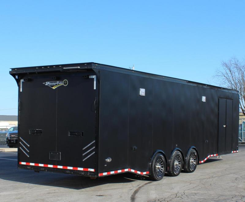<b>WEEKLY SPECIAL SUPER SHARP  CHECK OUT THE INTERIOR! </b> 2020 32' Matte Black Edge w/Outlaw Package