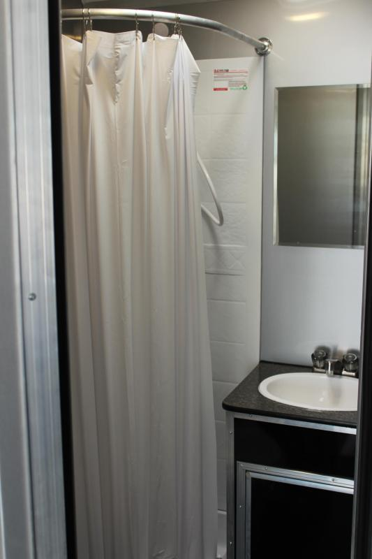 <b>Enjoy Your Own Full Bathroom</b> 2021 34' Millennium Platinum LOADED!