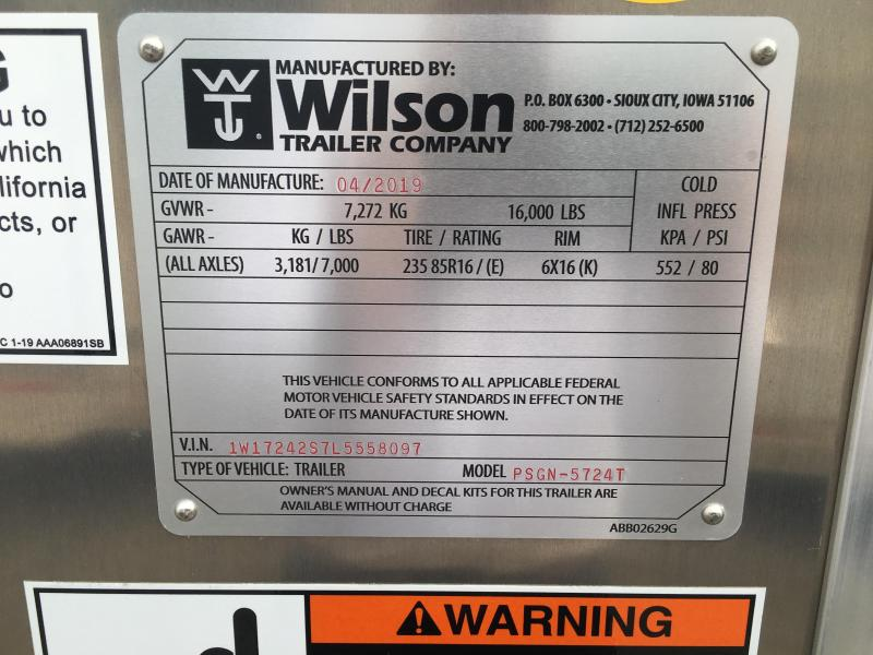 2020 Wilson Trailer Company 24 ft Livestock Trailer