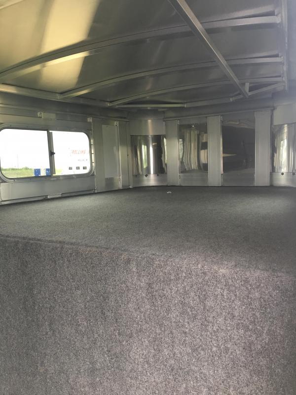 2021 Platinum Coach 20 ft Stock Combo Livestock Trailer