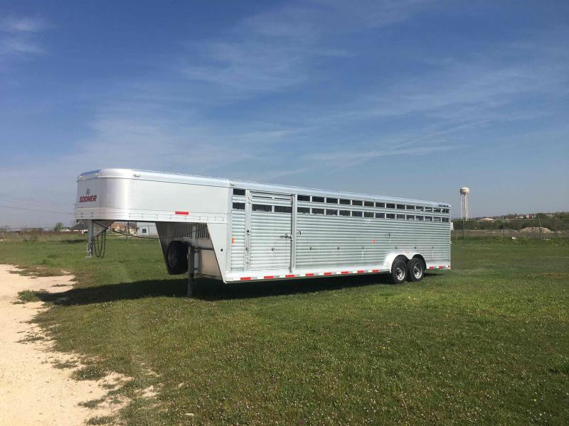 2016 Sooner 30 ft Stock with 10K Oil Bath Axles Livestock Trailer