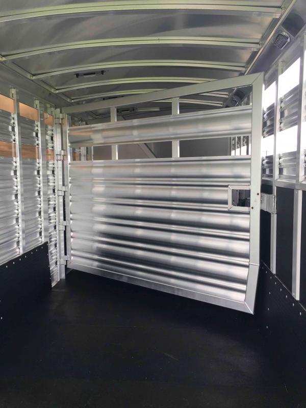 2021 Platinum Coach 20 ft Sport Combo Livestock Trailer