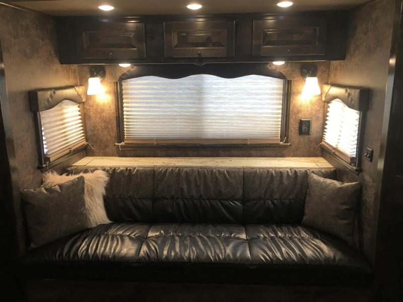 2020 Platinum Coach 4 Horse 13 ft 4 in Short Wall with Slide Horse Trailer