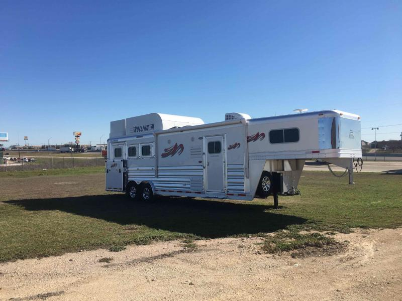 2021 Platinum Coach 3 Horse 10.8 ft Short Wall Side Load Horse Trailer