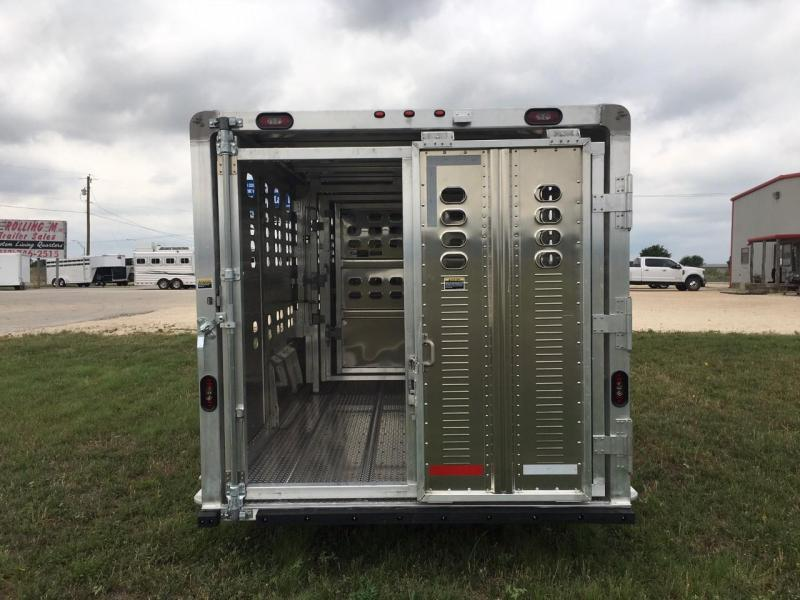 2021 Wilson Trailer Company 30 FT Livestock Trailer