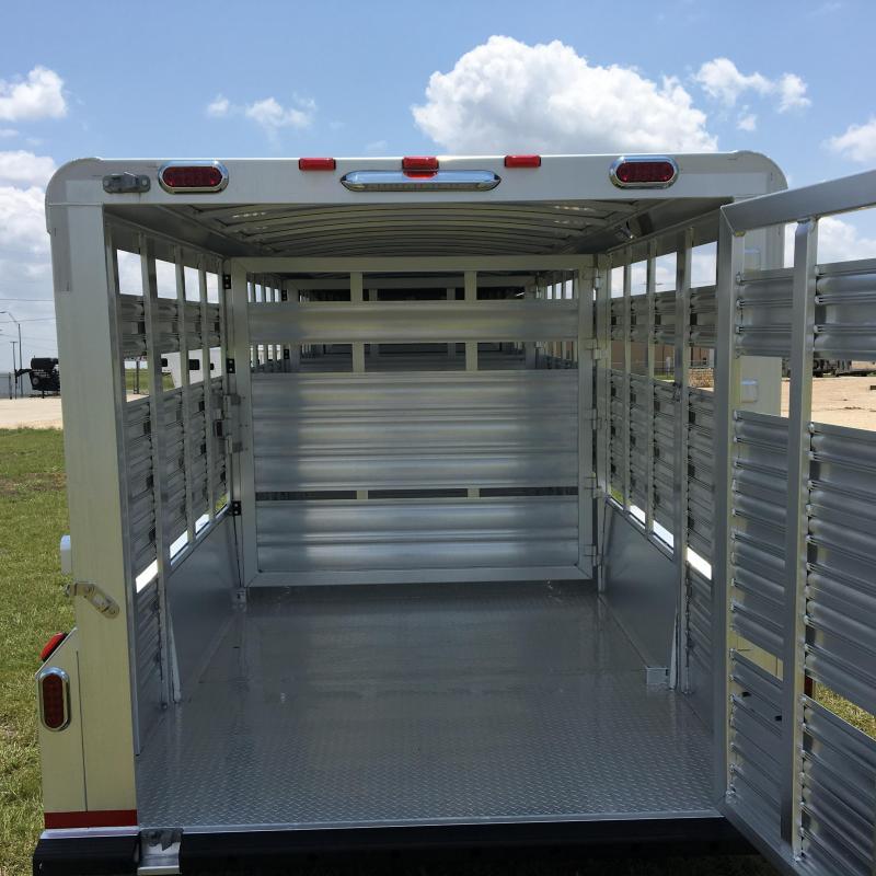 2021 Platinum Coach 24 ft Stock Livestock Trailer