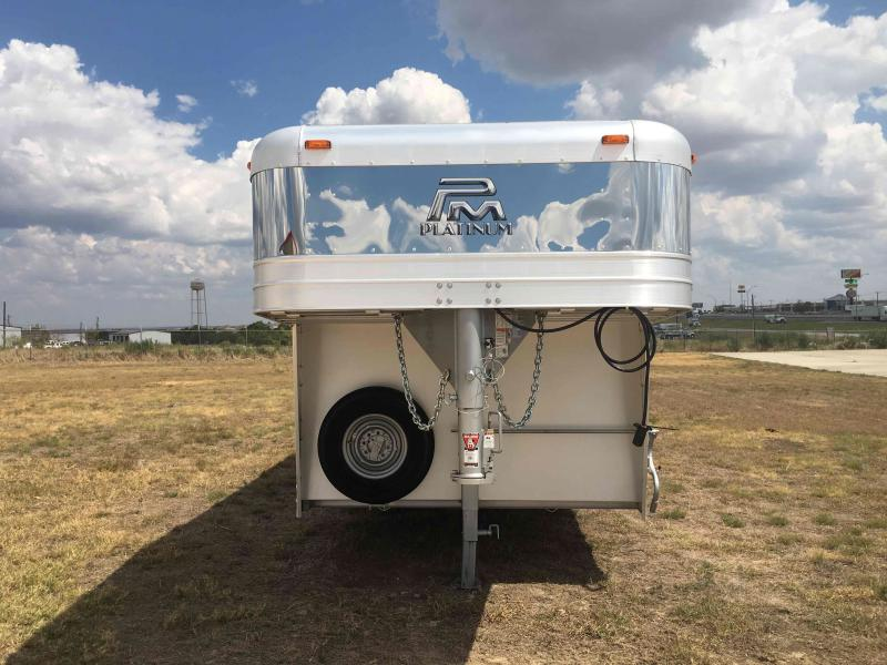 2021 Platinum Coach 32 ft Livestock Trailer