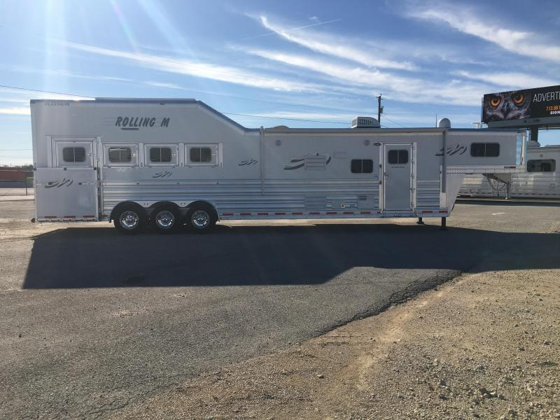 2021 Platinum Coach 4 horse 15 ft 8 short wall with slide Horse Trailer