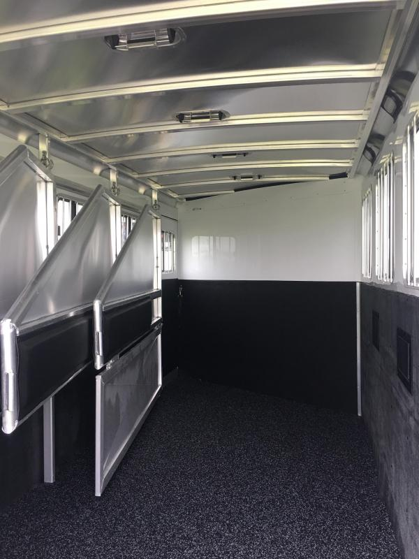 2020 Exiss Trailers 7400 4 Horse Trailer