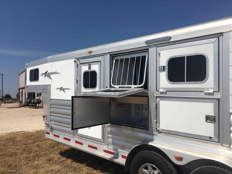 2017 Platinum Coach 3 Horse Trailer