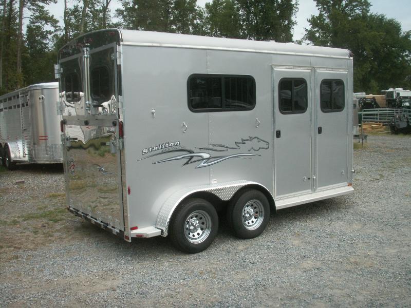 2019 Homesteader Inc. 2-H WARMBLOOD STALLION HORSE TRAILER Horse Trailer