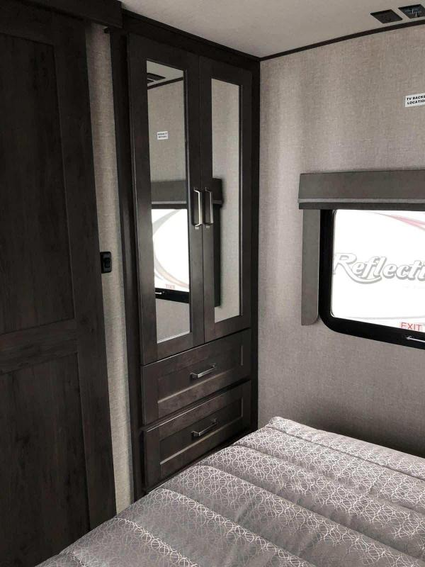 2021 Grand Design RV Reflection 150 Series 240 RL Fifth Wheel Campers