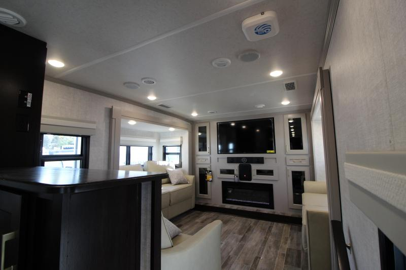 2021 Palomino Columbus 389 FL Fifth Wheel Campers