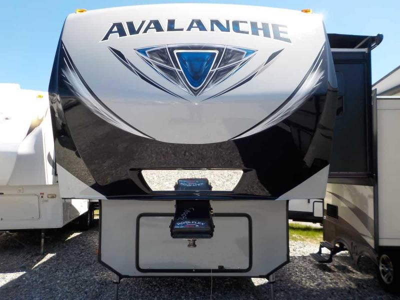2018 Keystone RV Avalanche 330 GR Fifth Wheel Campers