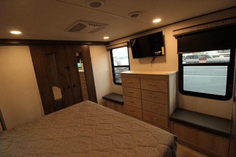 2021 Alliance RV Paradigm 340 RL Fifth Wheel Campers