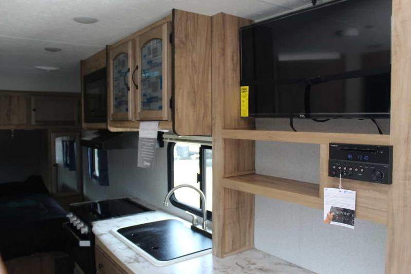 2019 Coachmen Freedom Express 204 RD Travel Trailer