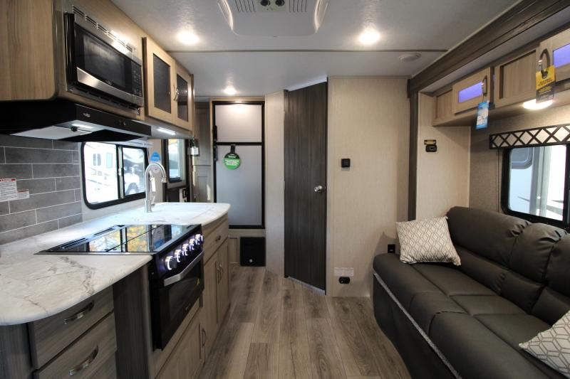 2021 Coachmen Freedom Express Ultra Lite 192 RBS Travel Trailer