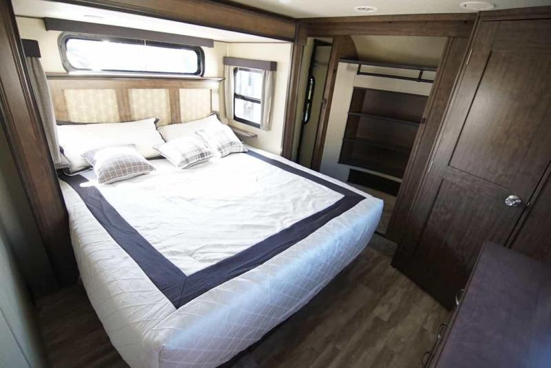 2020 Grand Design RV Solitude 310 GK Fifth Wheel Campers