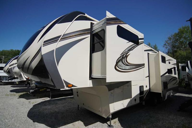 2020 Grand Design RV Solitude 310 GK Fifth Wheel Campers