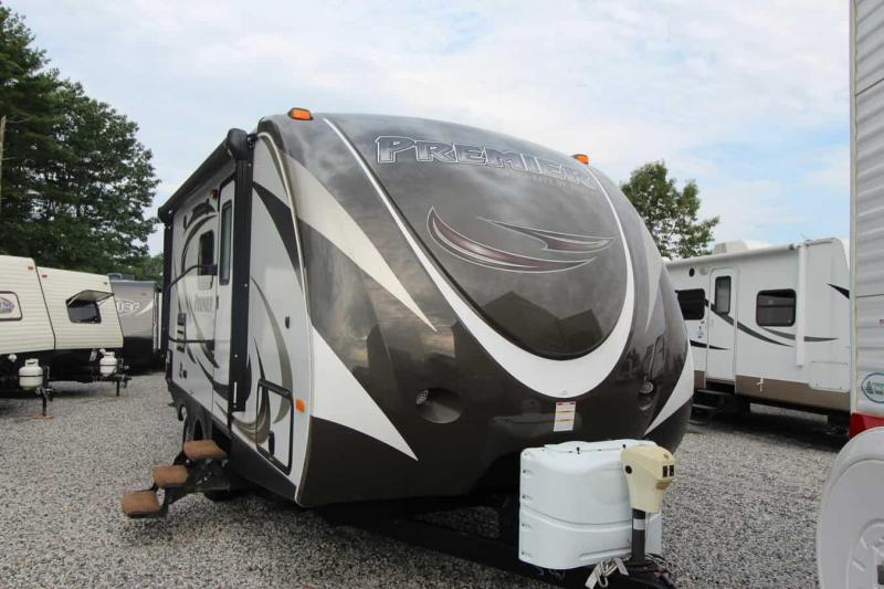 2015 Keystone RV Bullet 19 FBPR Travel Trailer