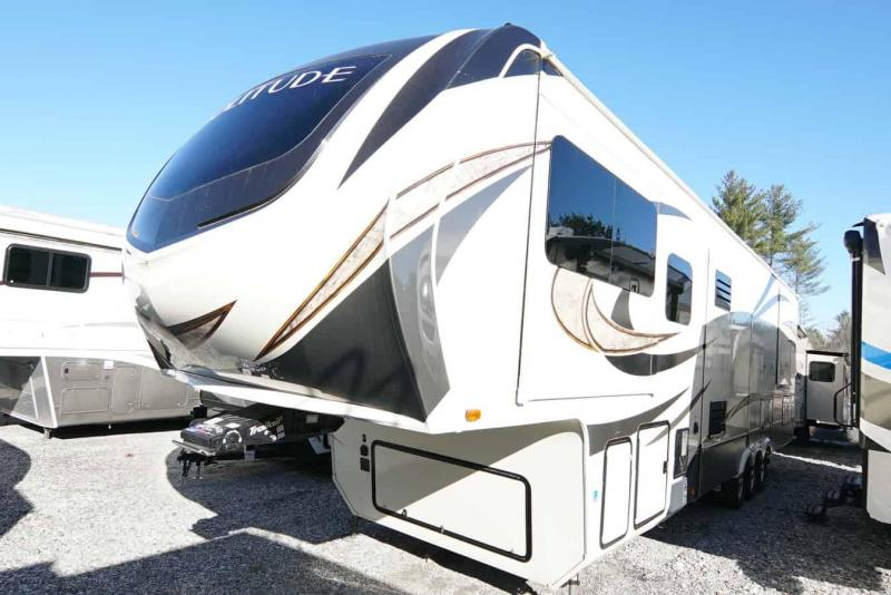 2017 Grand Design RV 374 TH Toy Hauler