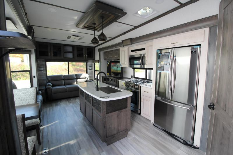 2021 Alliance RV Paradigm 370 FB Fifth Wheel Campers