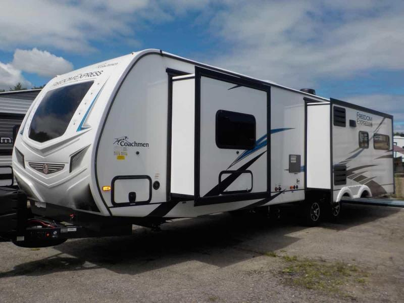 2021 Coachmen Freedom Express Liberty 324 RLDSLE Travel Trailer