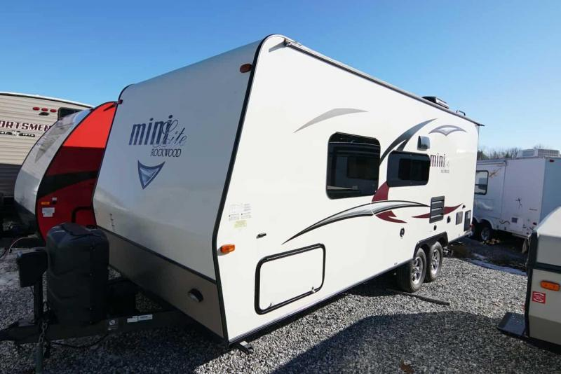 2017 Forest River Rockwood Mini Lite 2304 Travel Trailer