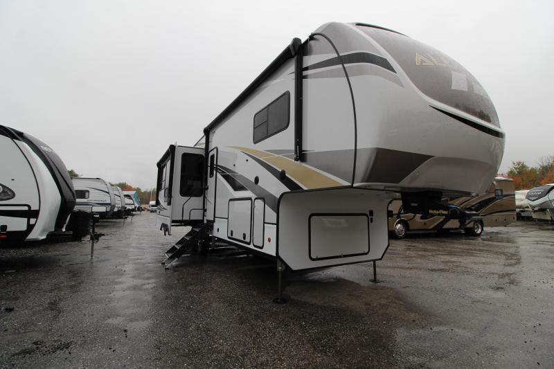 2021 Alliance RV Paradigm 310 RL Fifth Wheel Campers