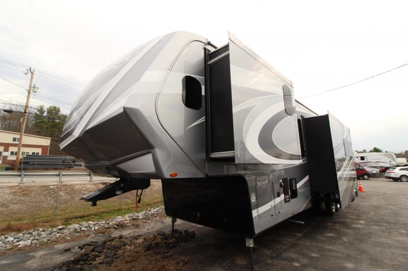 2021 Grand Design RV Momentum M-Class 395 MS Toy Hauler