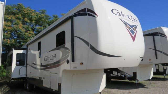 2020 Forest River Cedar Creek Silverback 37MBH