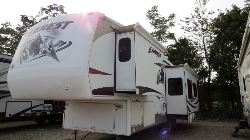 2007 Keystone Everest 295