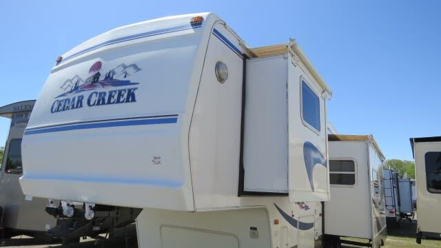 2003 Forest River Cedar Creek 30RBLS