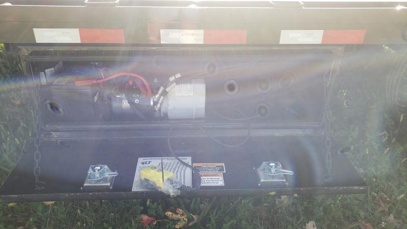 New 102 X 32 Gooseneck Deckover Trailer W/Hyd Dove Tail