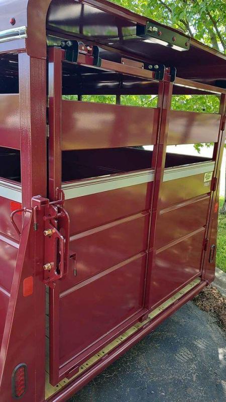 2022 Valley Trailers livestock Livestock Trailer